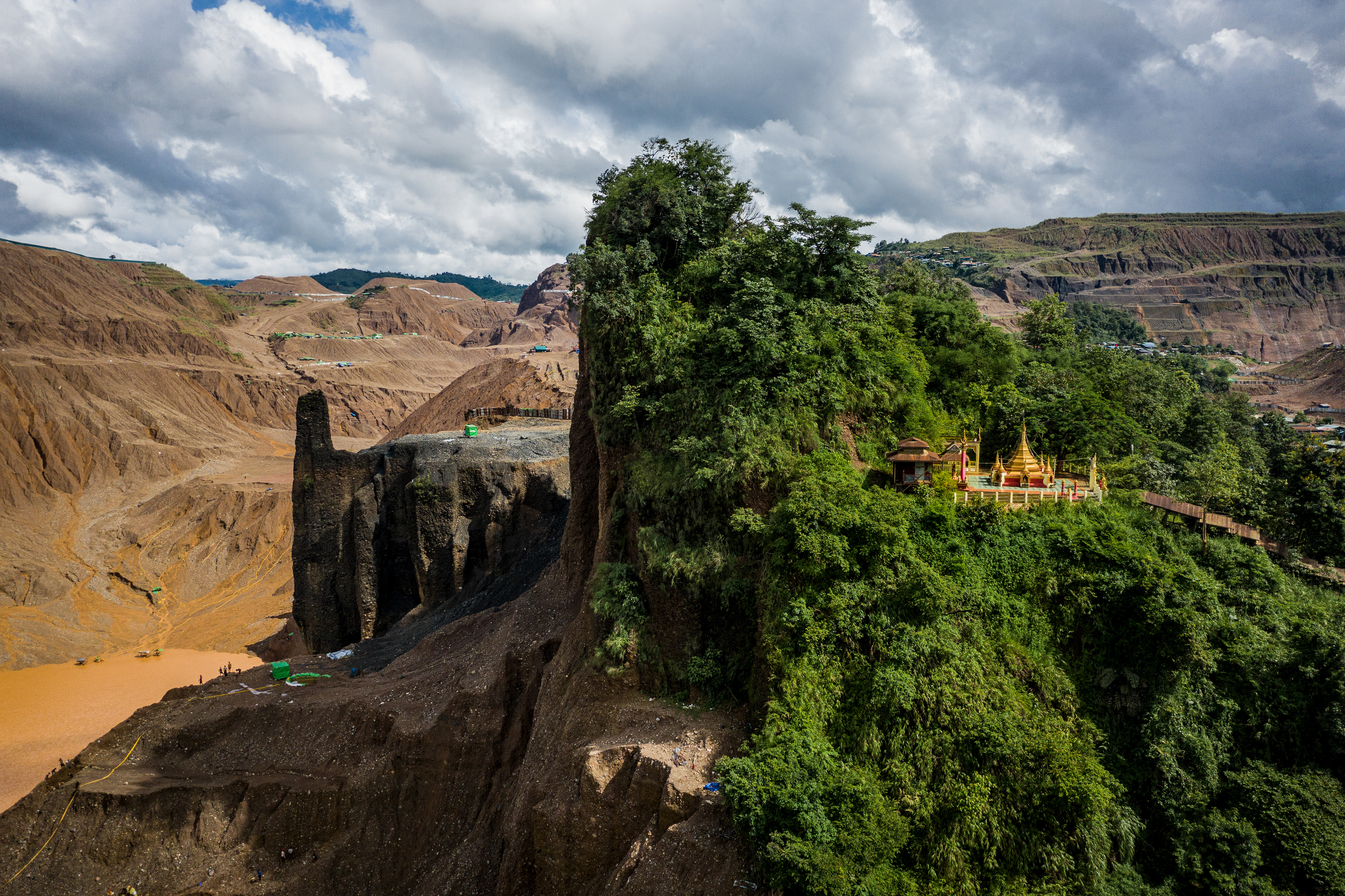 Temple and Half-Mountain, Hkun Lat, Myanmar