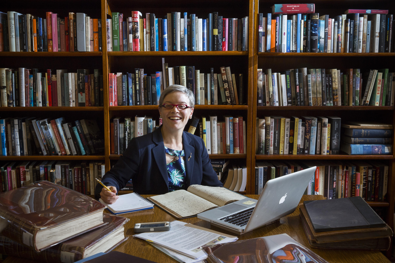 Dr Rebe Taylor, 2015 Coral Thomas Fellow