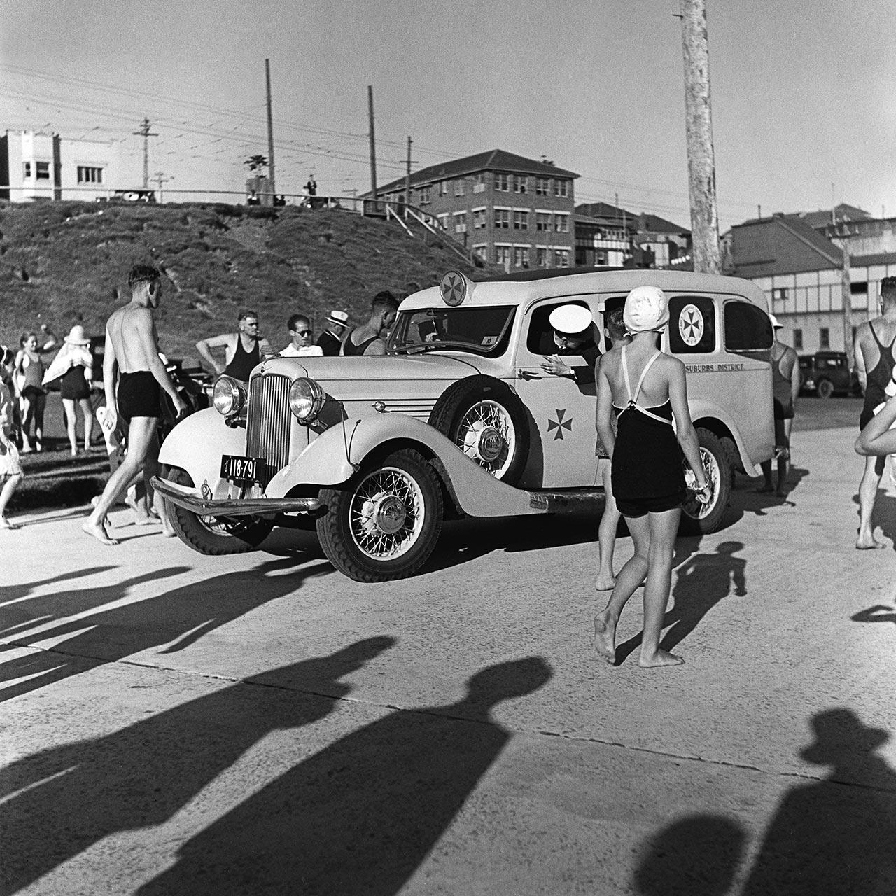 Dodge Ambulance, North Bondi, 20 February 1937. (Digital ID: a2391009)