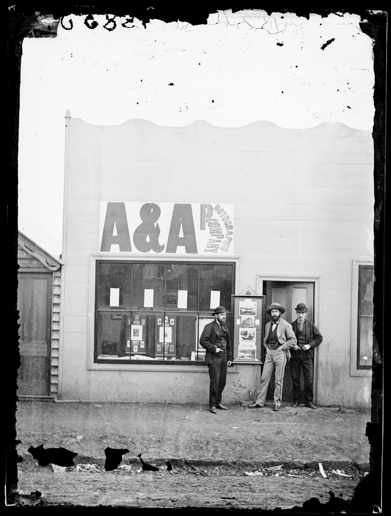 Studio and staff of American & Australasian Photographic Co., Hill End