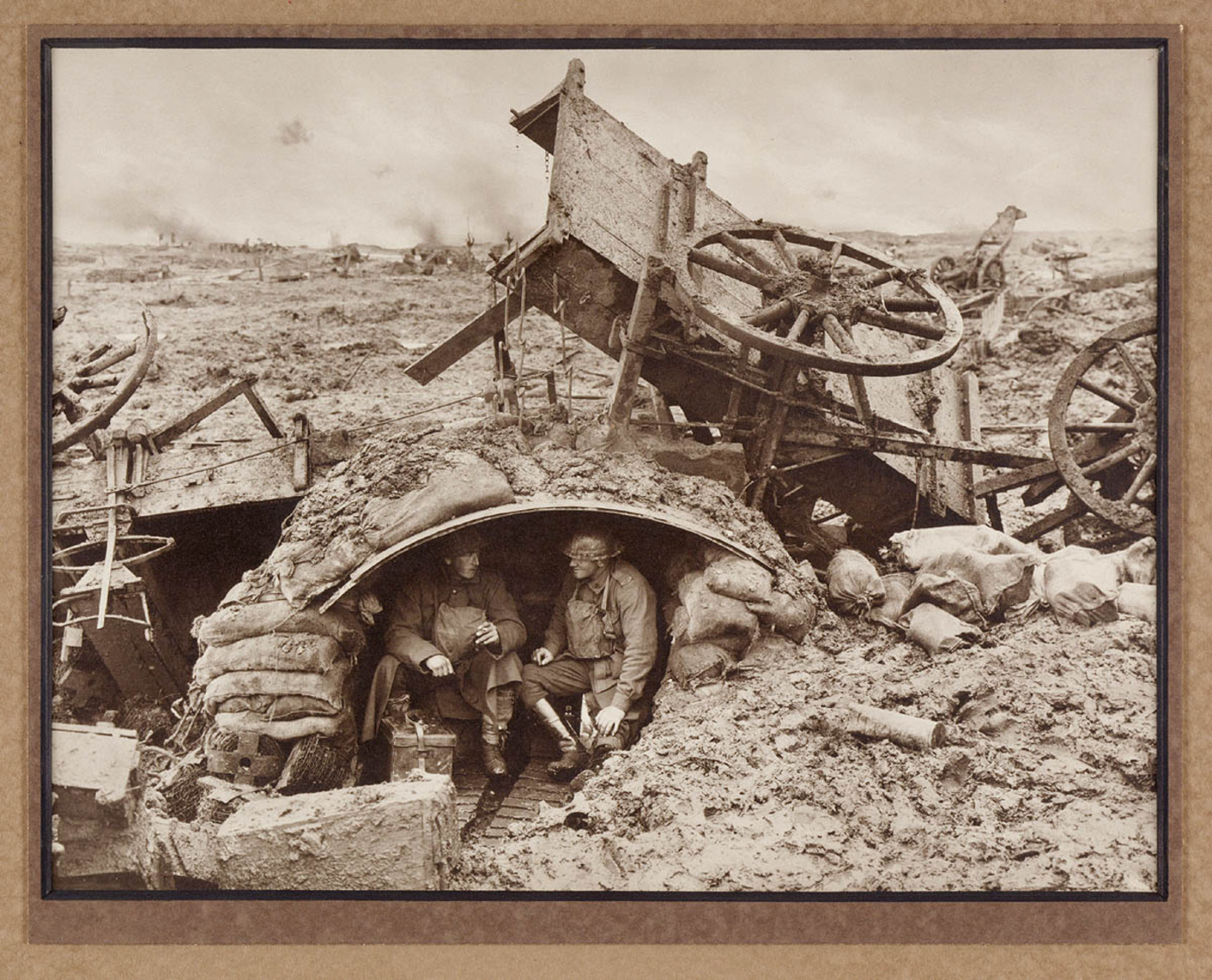 A windy outpost on Westhoeck Ridge, 1917. Photograph by Frank Hurley.