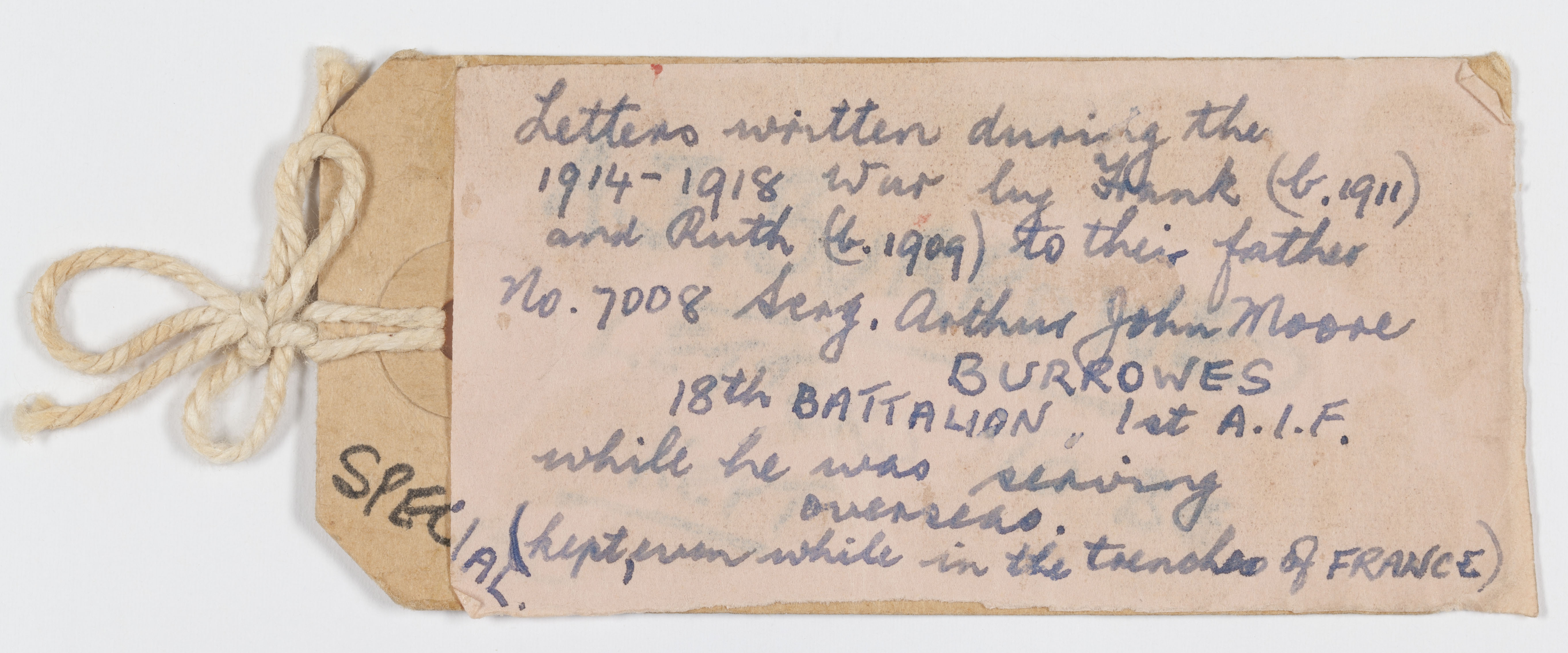 """A label indicating """"Letters written during the 1914-1918 War by [Frank and Ruth] to their father [Arthur Burrowes]..."""""""
