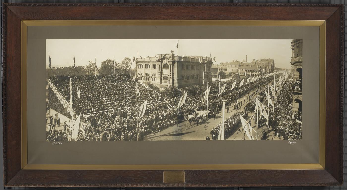 Peace celebrations Sydney, July 19, 1919 / G.A. Hills