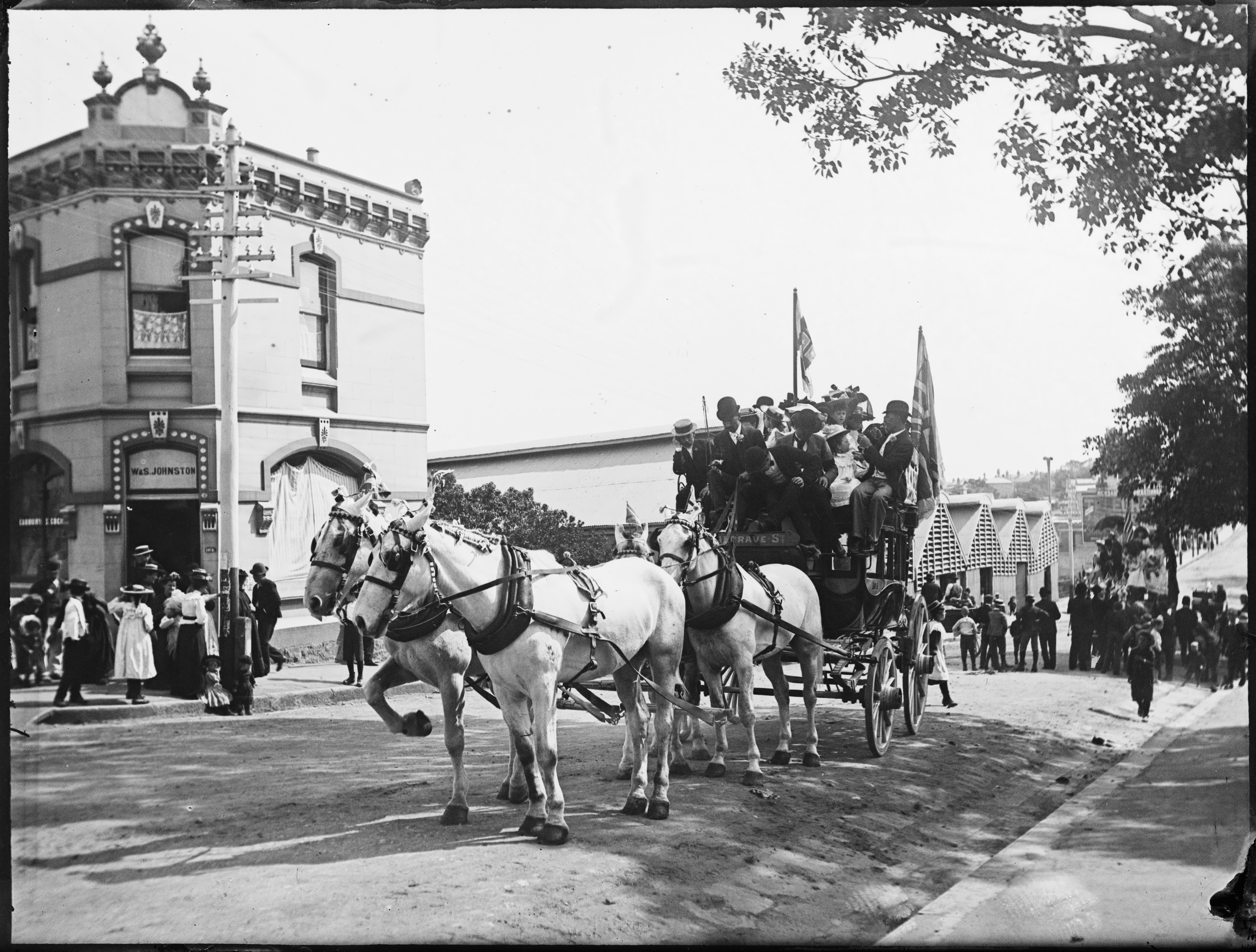Box 03: Glass negatives of the Sydney and Blue Mountains regions, ca 1890-1910