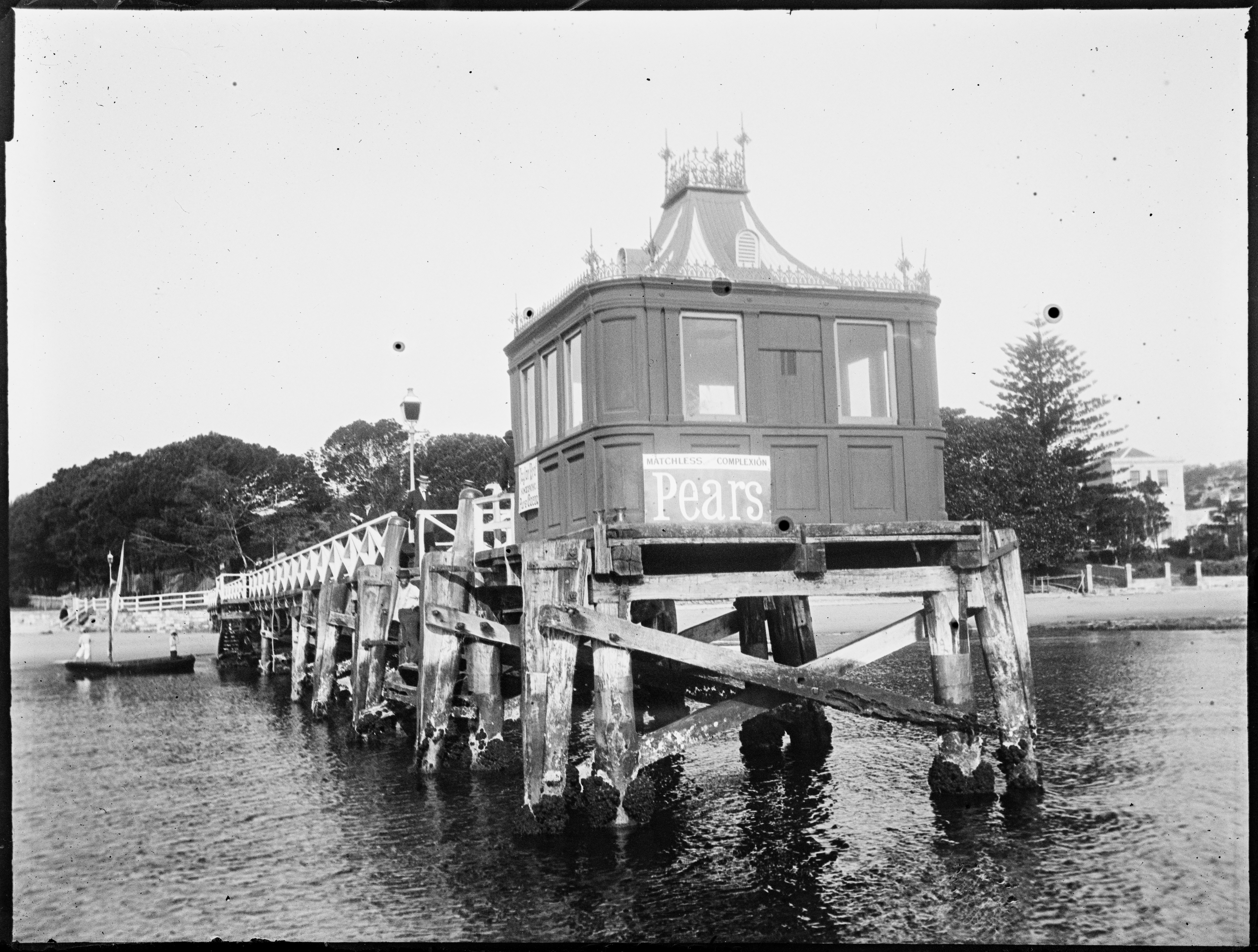 Ferry wharf at Watsons Bay