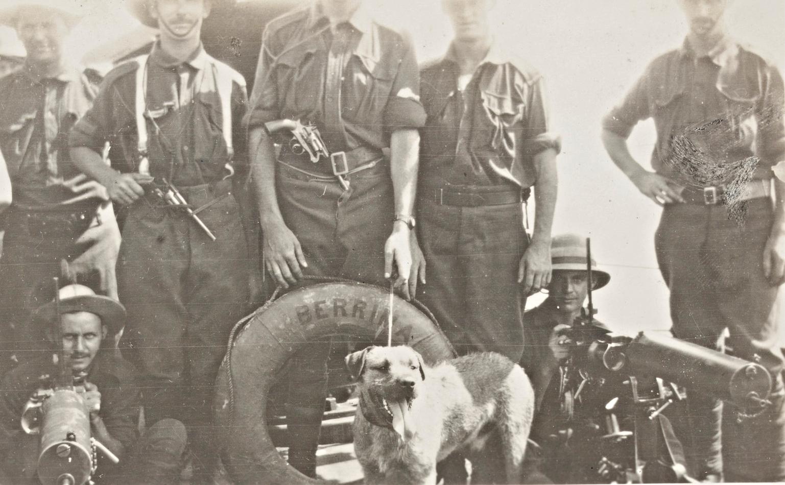 Australian troops, machine gun section with mascot 'Punch', 1914