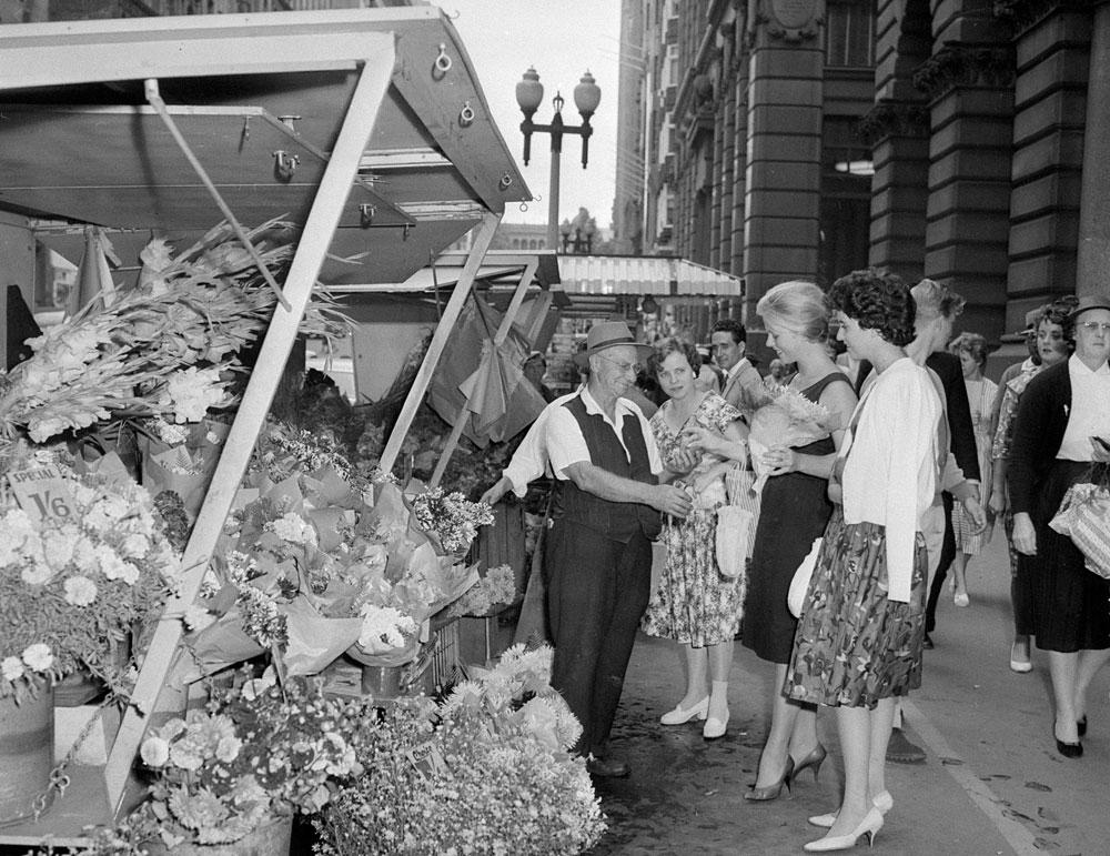 Flower stalls, Martin Place, 1960, by Don McPhedran, Film negative, APA 08177