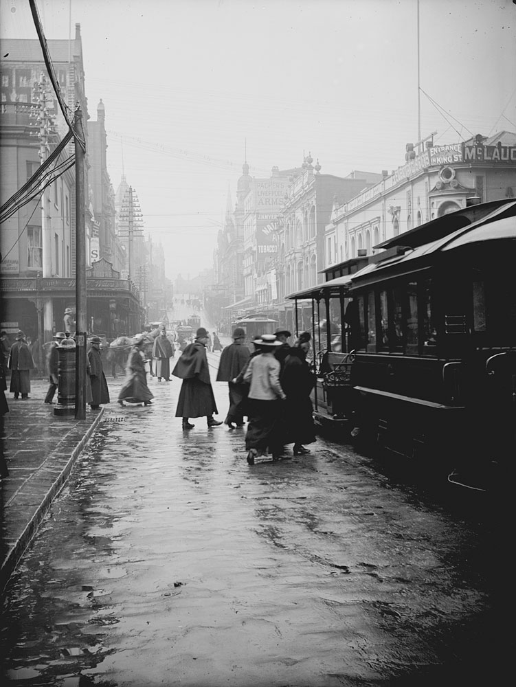 Cable tram, King Street, c. 1900, by Frederick Danvers Power, Glass negative, ON255/16