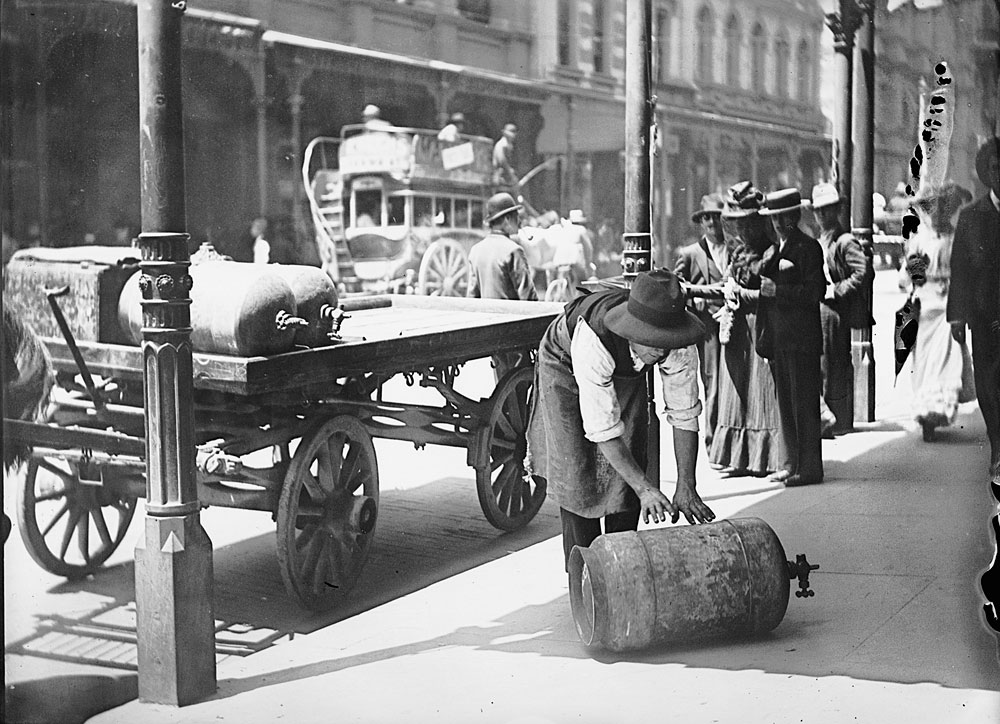 Delivering gas cylinders, c. 1900, by Frederick Danvers Power, Glass negative, ON255/21