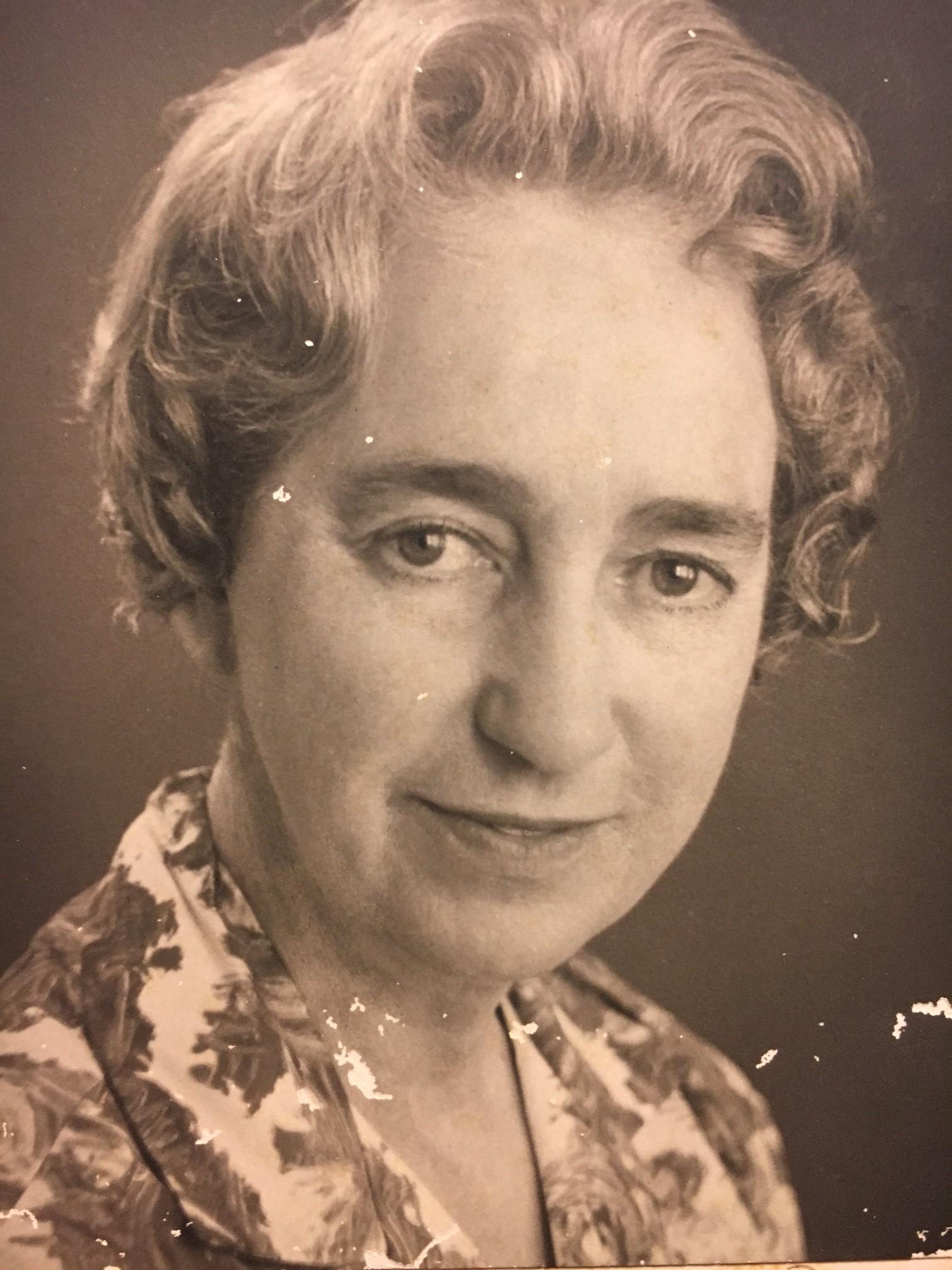 Phyllis Mander-Jones