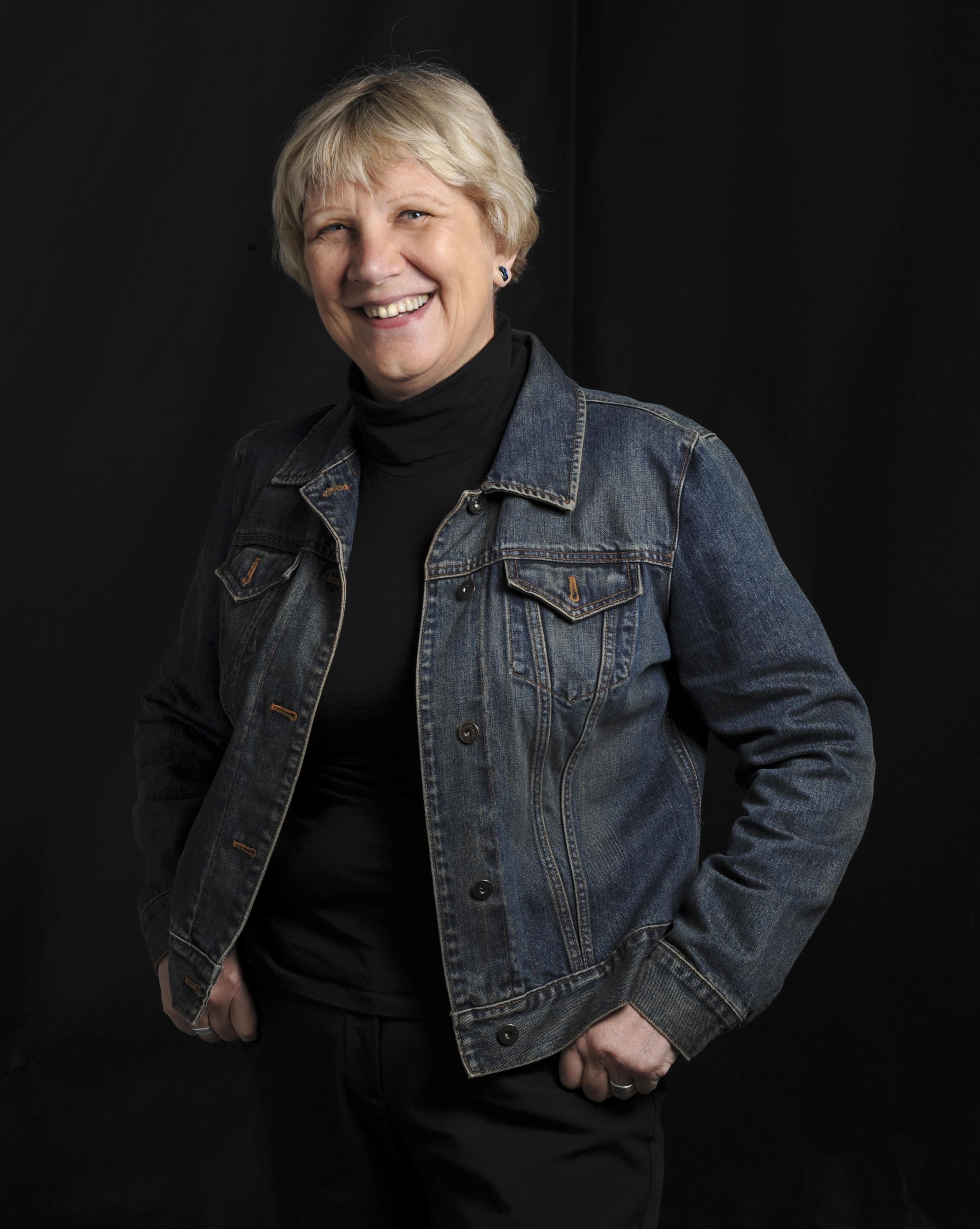 Jacqueline Kent author photo