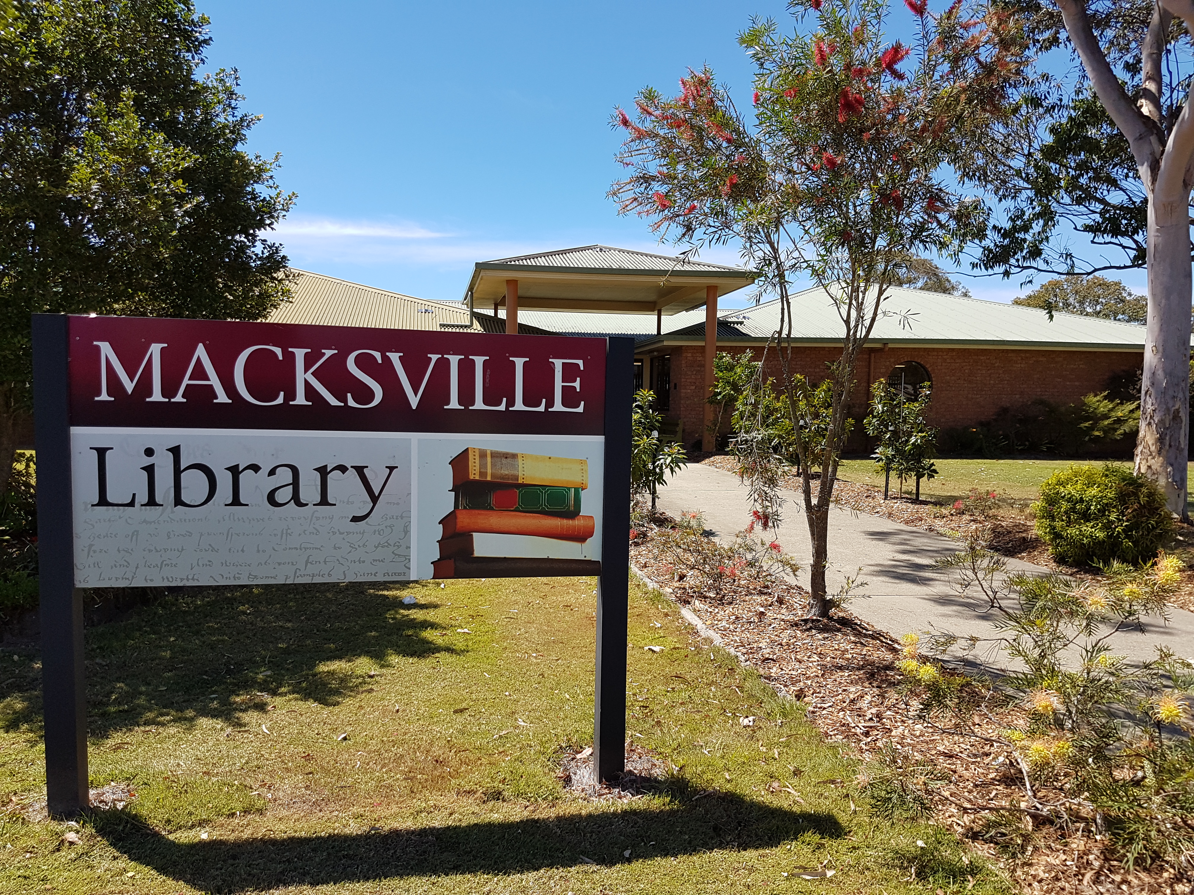 Showing the outside of Macksville Library