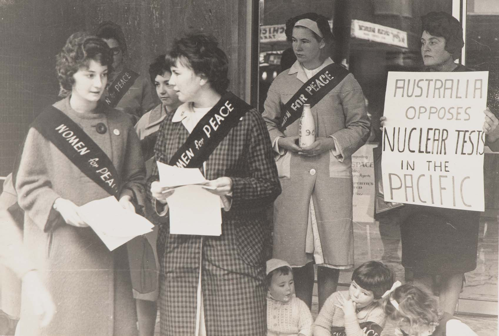 Women for Peace protest outside French Consulate in Sydney, 7 June 1963