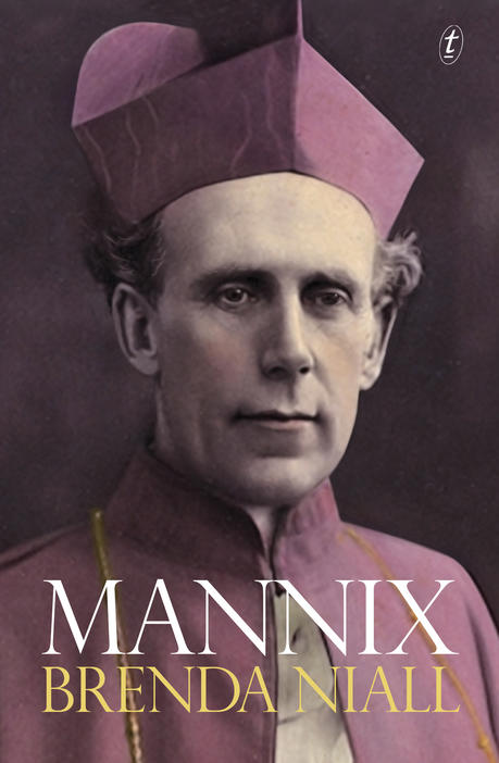 Book cover of Mannix by Brenda Niall
