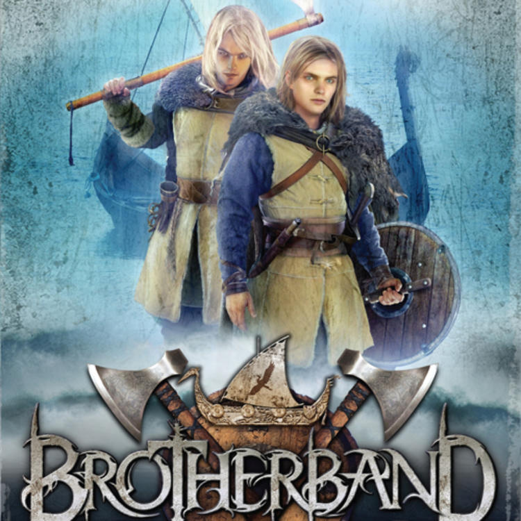 Two men with fighting weapons on book cover of Brotherband The Outcasts by John Flanagan