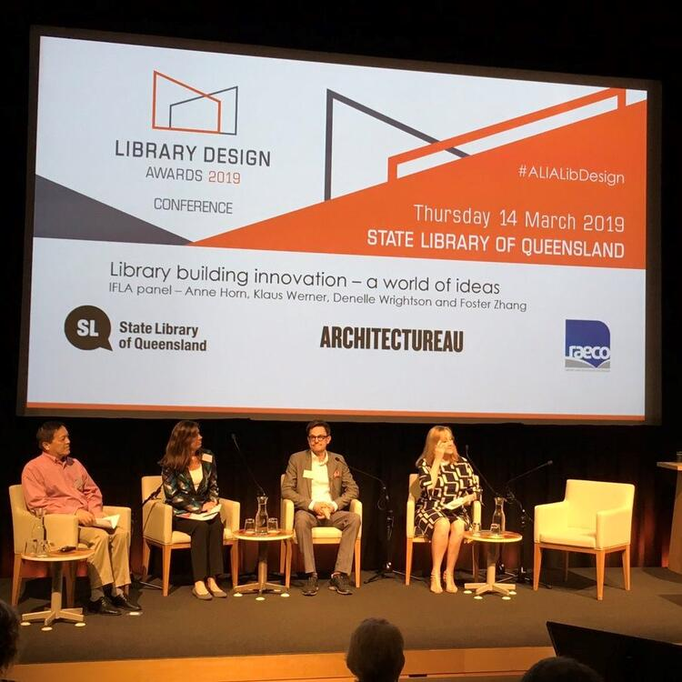 Showing the panel of international librarians and architects