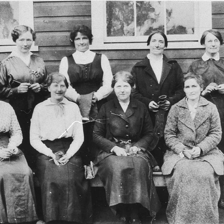 Knitting socks for World War I soldiers - Temora, NSW