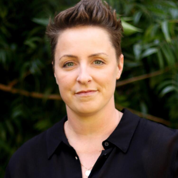 Head shot of author Candice Fox
