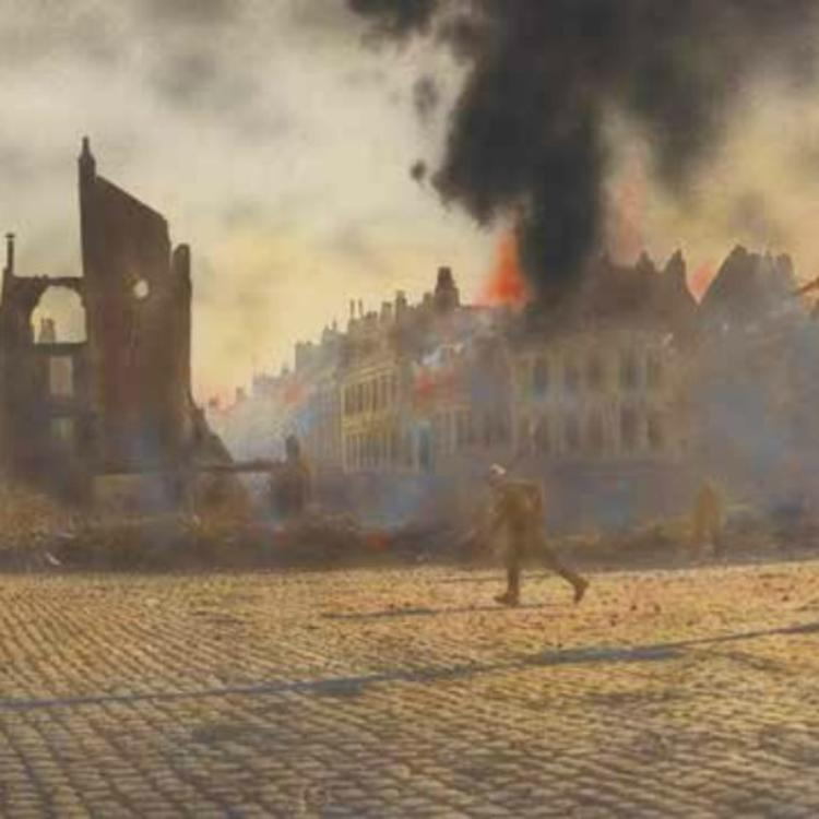 THE FIRST PATROL ENTERING CAMBRAI