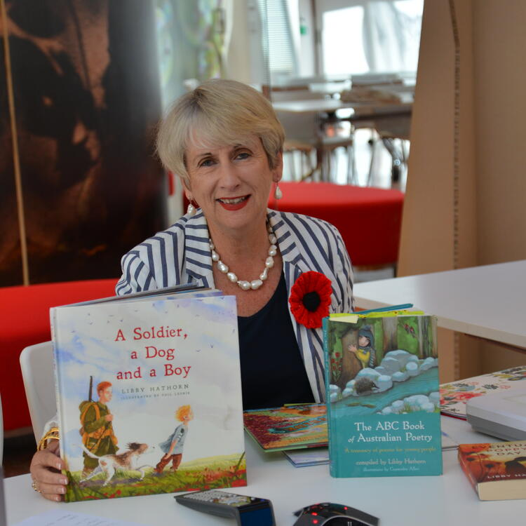 Author Libby Hathorn with book 'A Soldier, a Dog and a Boy'.