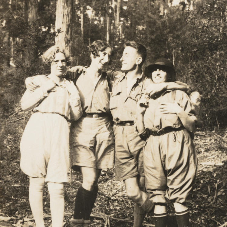 Sydney Bush Walkers Club in Blue Mountains and camping at North Era Beach, c 1929-1935