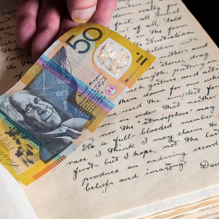 David Unaipon's manuscript signature compared with the $50 note