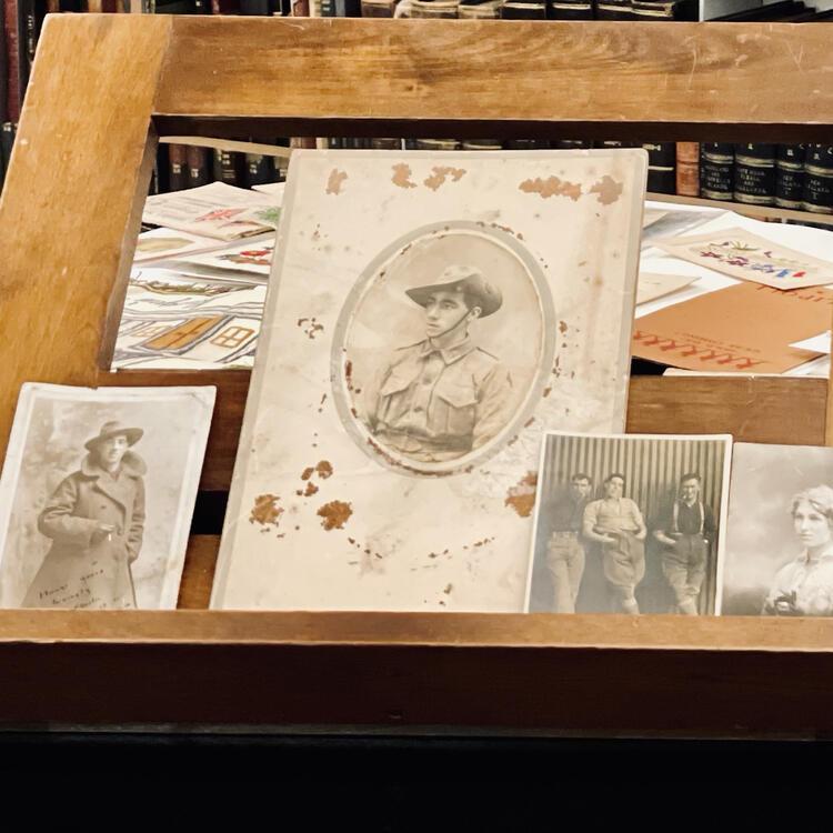 Idris Charles Pike collection