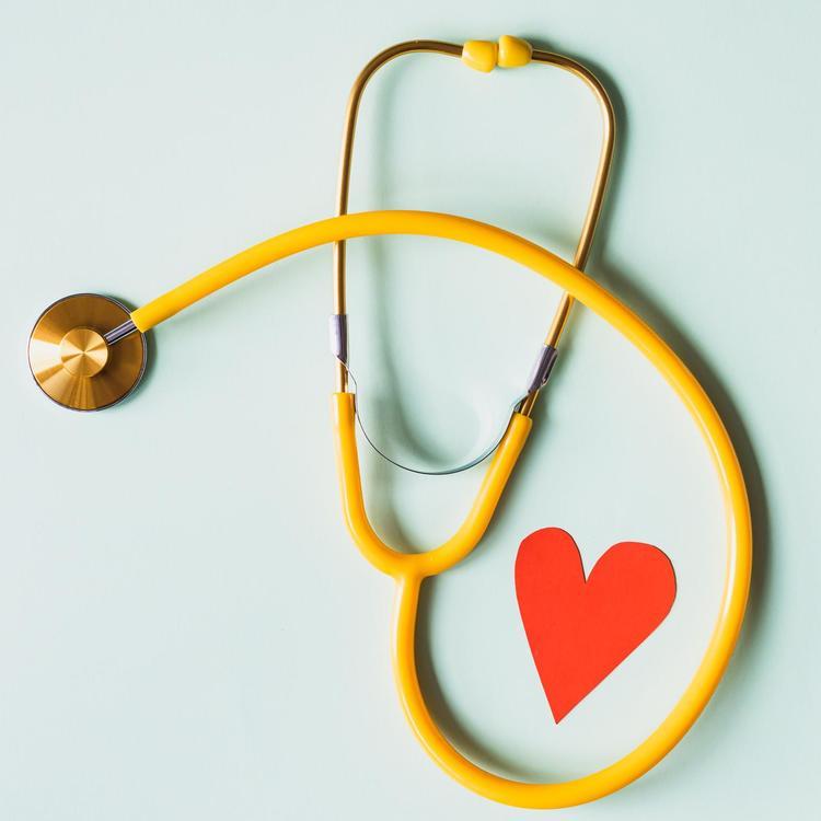 stethoscope paper heart