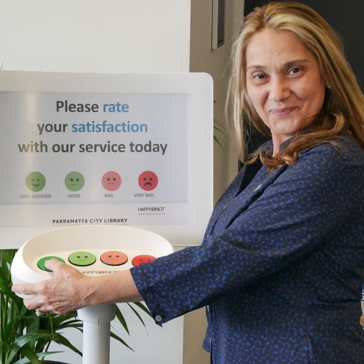 Customer feedback terminal