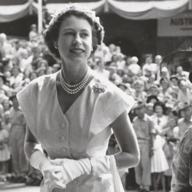 Photo of Queen Elizabeth