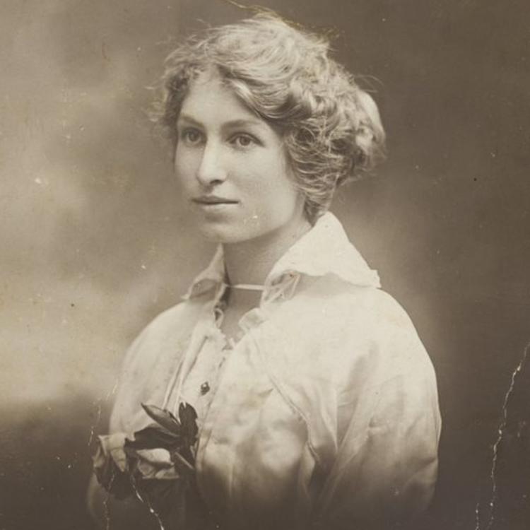 Violet Clapson