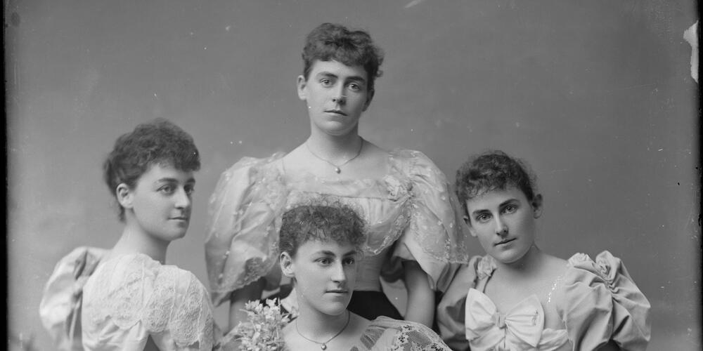 Day and Mitchell group portrait, ca. 1895, Freeman Studio, Sydney