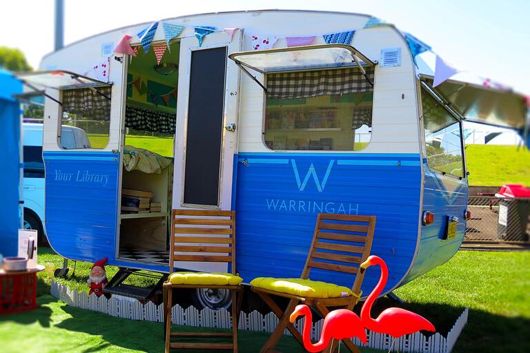 Caravan - Warringah pop-up library
