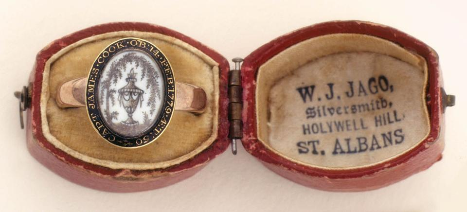 Mourning ring for Captain Cook, owned by Elizabeth Cook, c. 1780, gold, with enamelled cameo, State Library of New South Wales, R 36